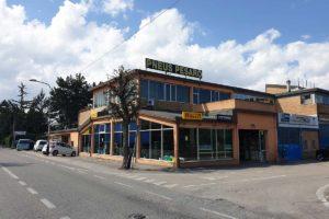 Pneus Pesaro Facciata esterna